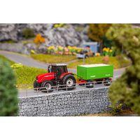 Faller - MF Tractor met haksel-aanhanger (WIKING)